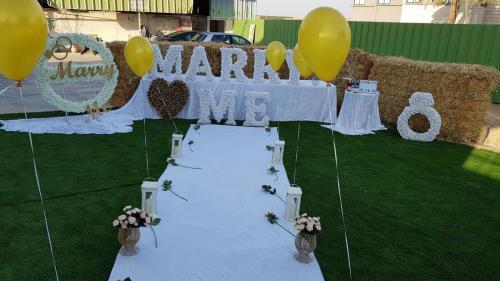 הצעת נישואין במושב כפר זיתים